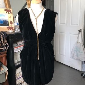 Deep V neck velvet dress